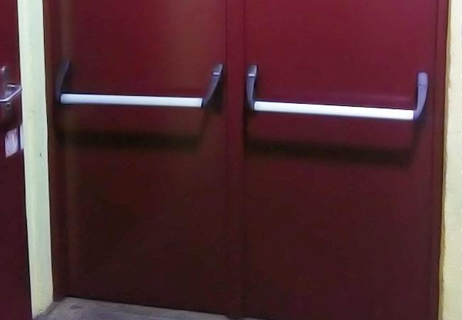 Portas Manuais e Elétricas